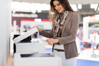 Foto bij Mag je je papieren documenten weggooien na digitalisering?